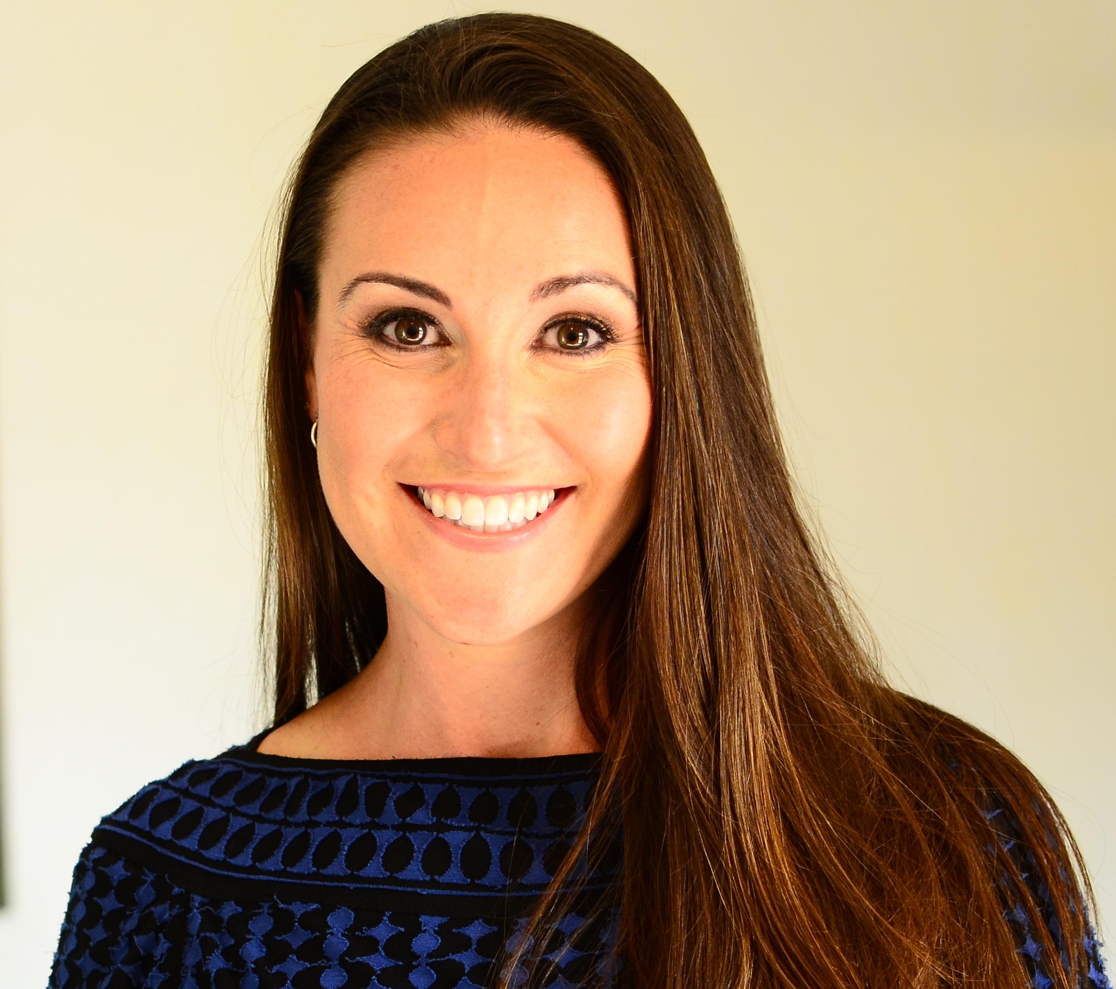 Dr. Sarah Schewitz
